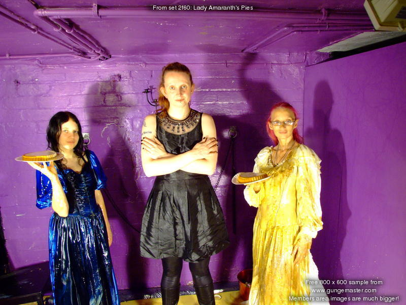 Lady Amaranth S Pies A Clean Lady Gives Herself To The